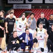 Im März bejubelte medi bayreuth im FIBA Europe noch den Halbfinaleinzug. Jetzt verkündete die FIBA, dass der Wettbewerb nicht weitergeführt wird. Archivfoto: Marcus Förster / medi bayreuth