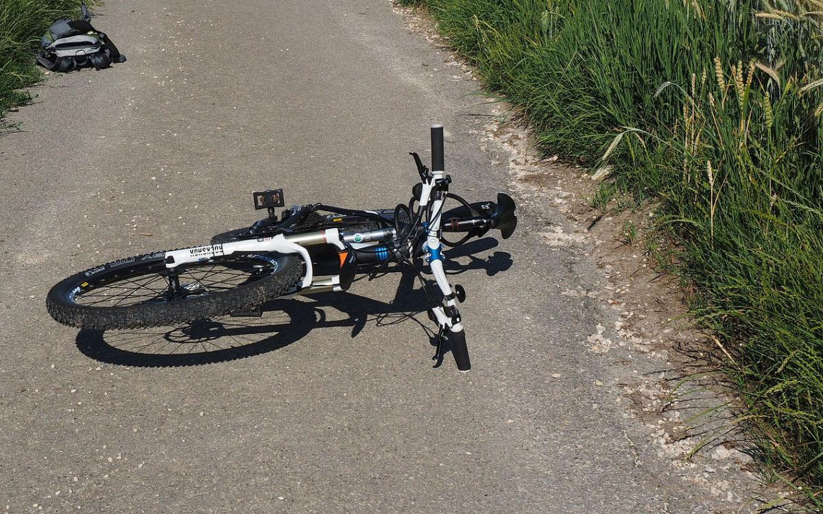 In Bayreuth ist ein betrunkener Mann mit über 4 Promille vom Fahrrad gefallen. Symbolbild: pixabay