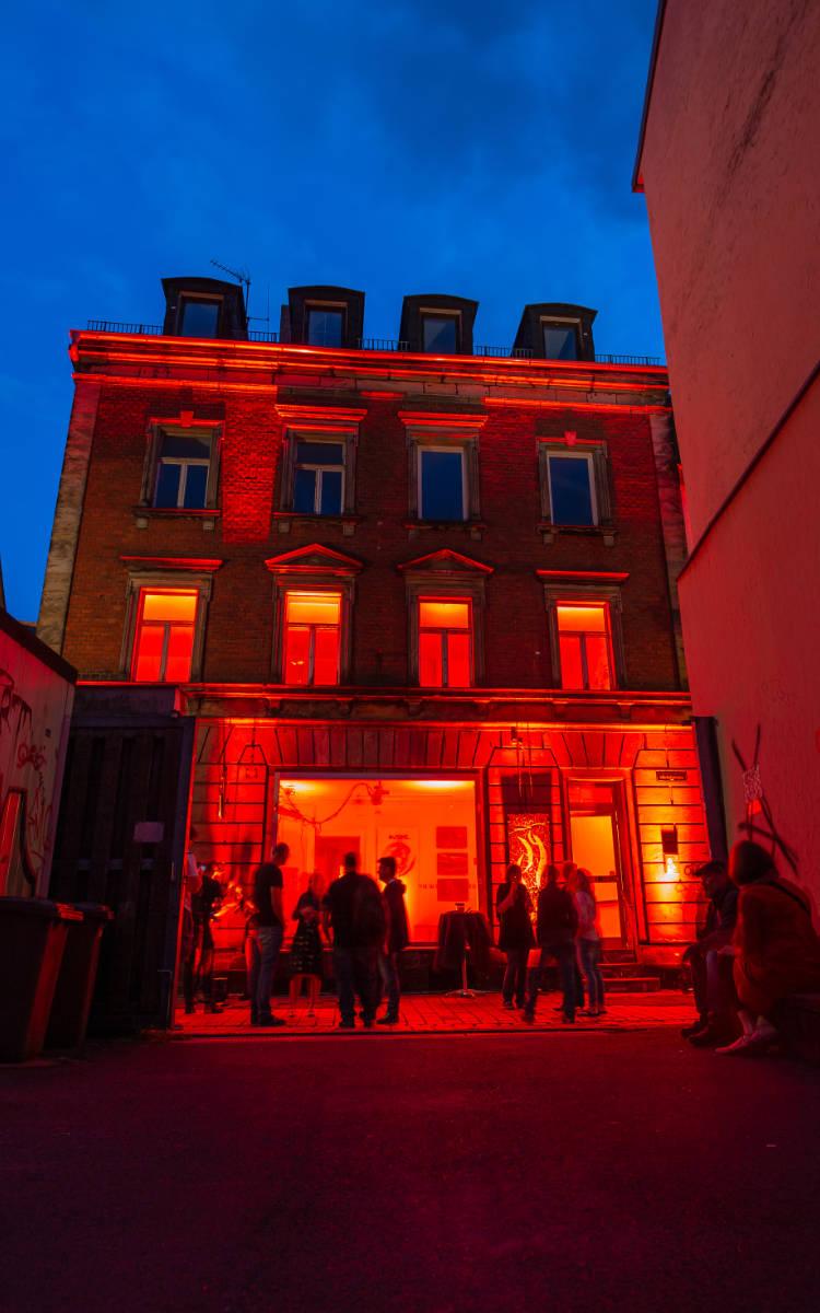 Die Kämmereigasse 9 1/2 bei der Night of Light in Bayreuth. Foto: Adrian Keidel