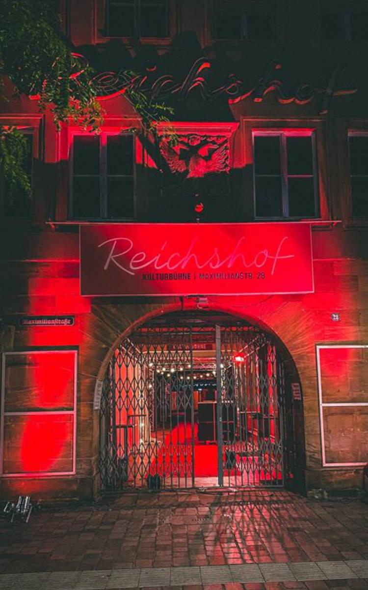 Der Reichshof bei der Night of Light. Foto: Magadalena Aderhold