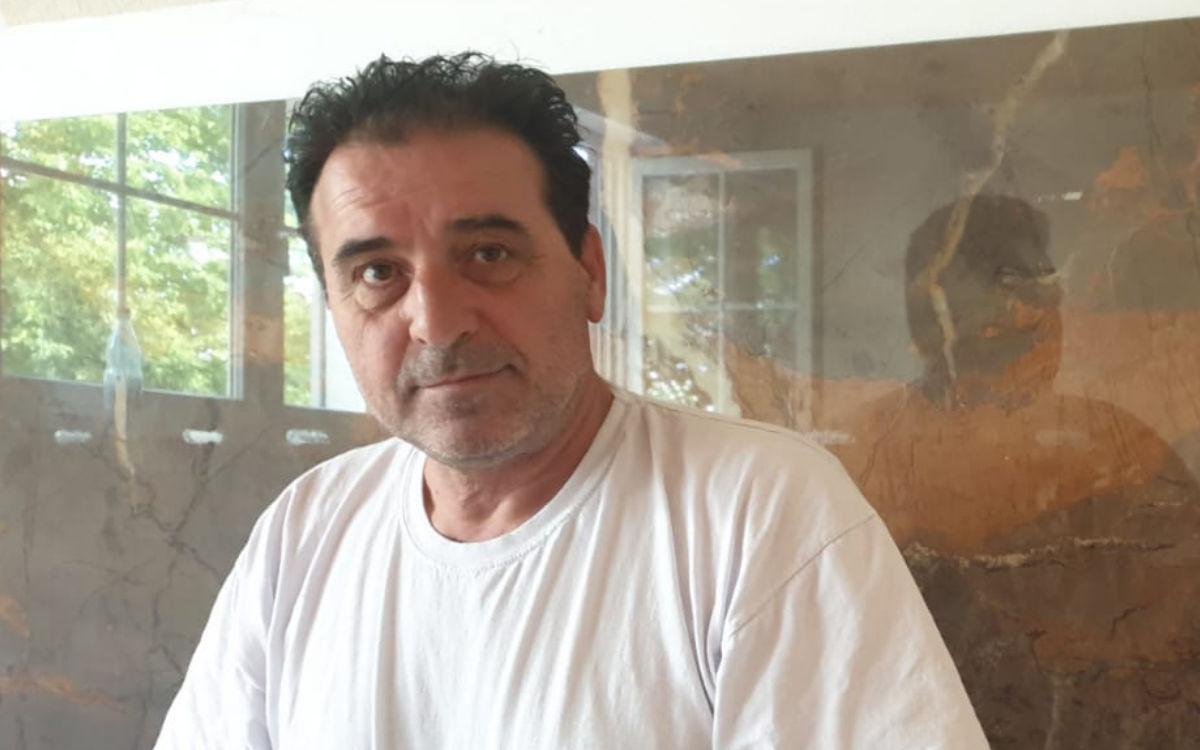 Fliesenleger Halil Behlulaj hat sich vor einem Jahr selbstständig gemacht. Foto: Privat