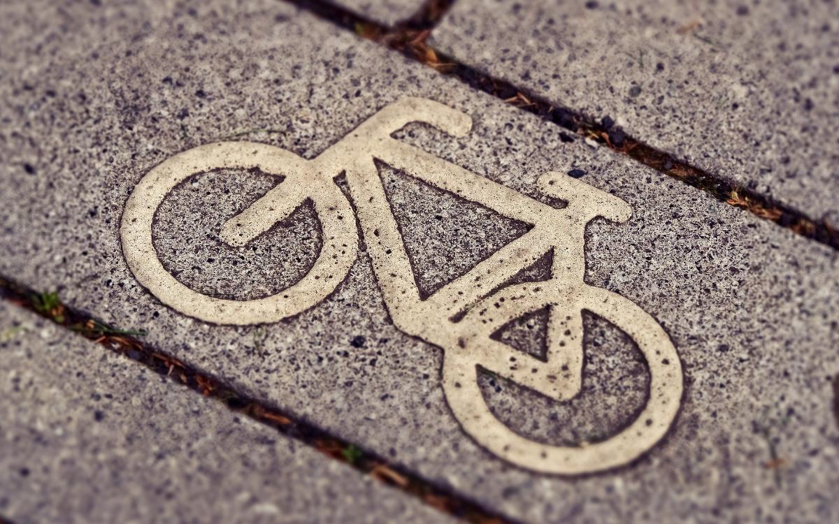"""Fahrradfahren in Bayreuth. Am 20. September 2020 findet eine Kinderdemo """"Kidical Mass"""" statt. Symbolbild: pixabay"""