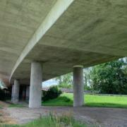 Die Hochbrücke in Bayreuth muss abgerissen und neu gebaut werden. Foto: Katharina Adler