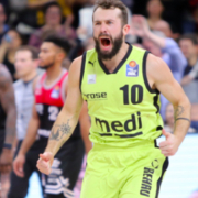 Bastian Doreth hat seinen Vertrag bei medi bayreuth verlängert. Archiv: Marcus Förster
