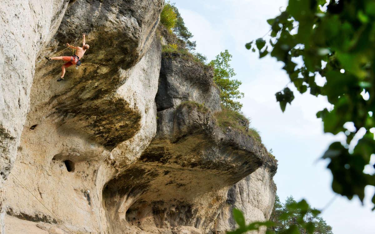 Klettern in der Fränkischen Schweiz. Symbolfoto: www.bayern.by/Thomas Linkel