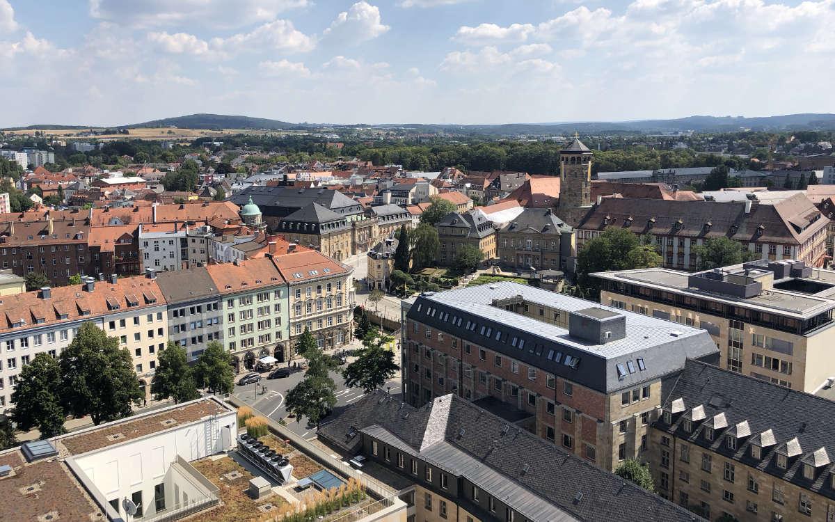 Blick über Bayreuth vom Dach des Rathauses. Hier hat die Fabrik Bayreuth zur Party geladen. Archiv: Redaktion