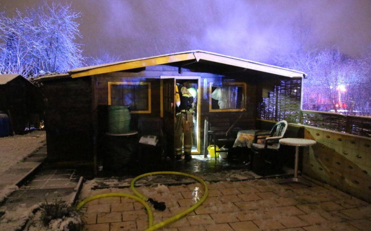Eine Gartenhütte in Bayreuth hat gebrannt. Foto: Feuerwehr Bayreuth