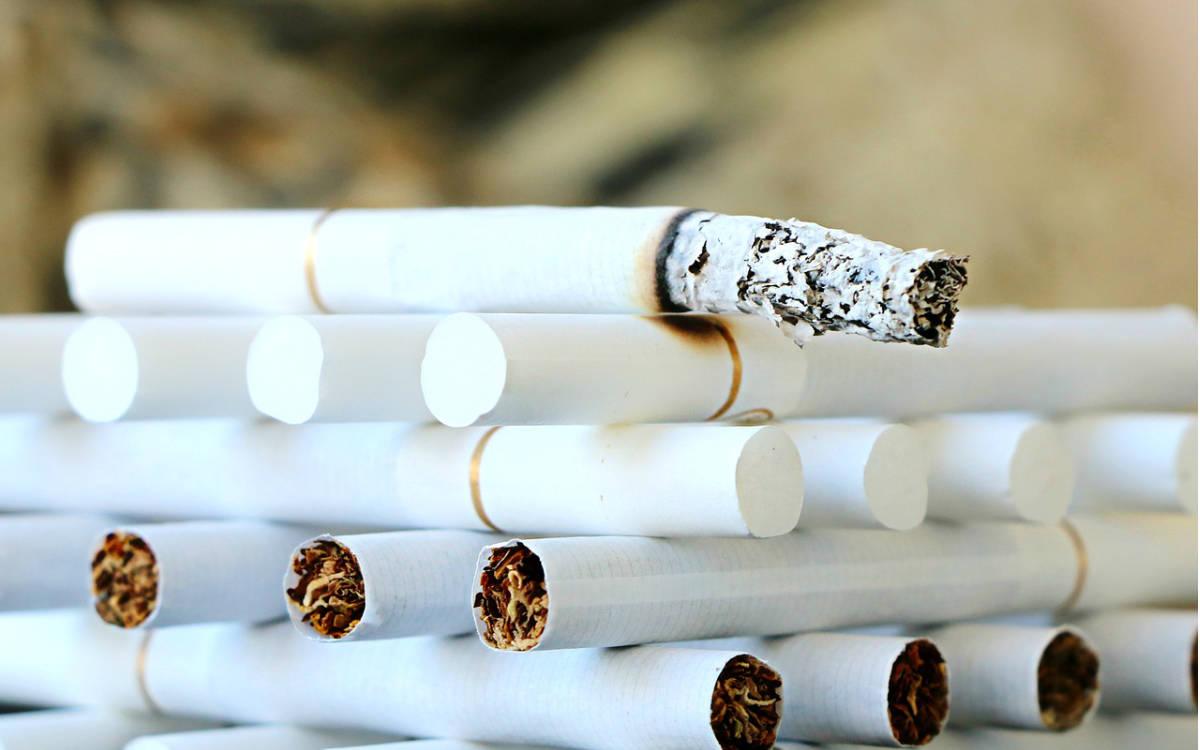 Weil ein Student in der Nacht Zigaretten kaufen wollte, hat er gegen die nächtliche Ausgangssperre in Röslau verstoßen. Symbolfoto: pixabay