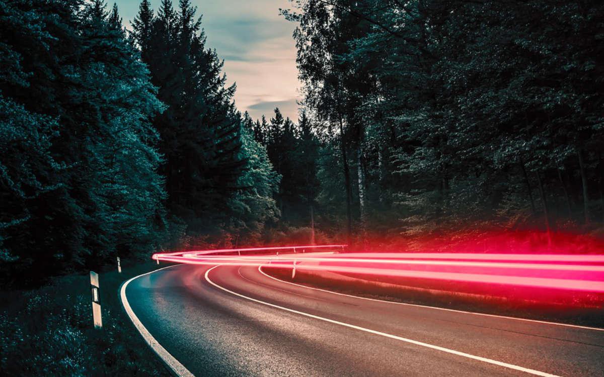 Verkehrskontrolle. Die Polizei blitzt Temposünder im Landkreis Bayreuth. Symbolfoto: Pixabay