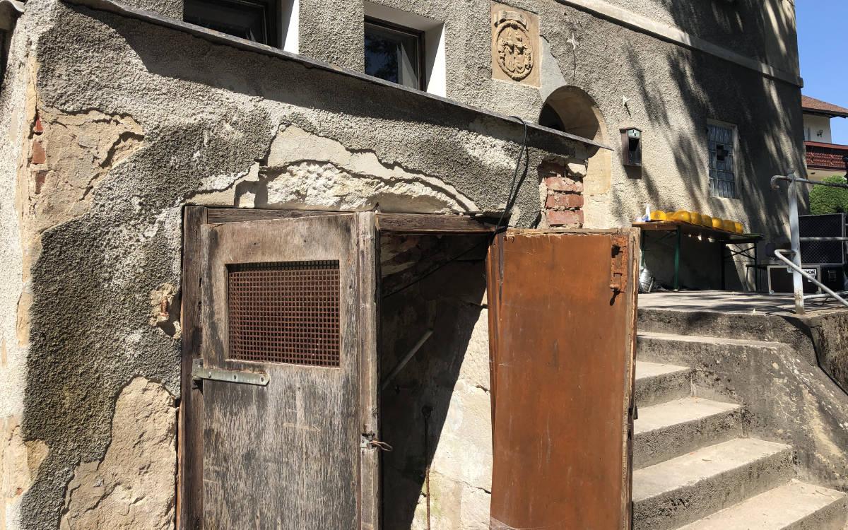 Der Stöckelkeller in Unternschreez ist ein altes Wirthaus, das lange Zeit leer stand. 2019 kaufte Christoph Scholz das Gebäude und erweckt es jetzt wieder zum Leben. Foto: Susanne Monz