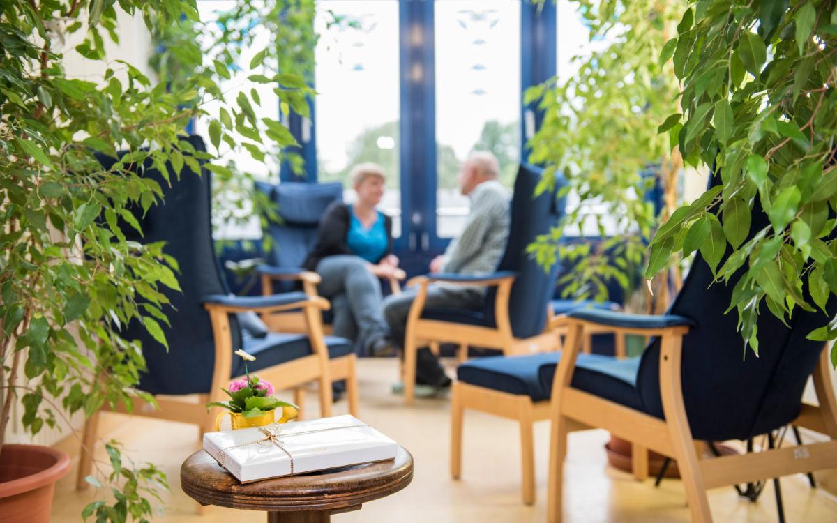 Im Bezirkskrankenhaus Bayreuth gelten durch die Corona-Pandemie gesonderte Regeln. Foto: GeBO