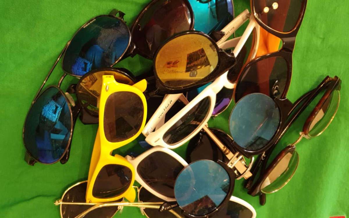 Bei einer Polizeikontrolle fielen einem Bayreuther 30 Sonnenbrillen aus dem Rucksack. Die Polizei ermittelt jetzt. Symbolfoto: privat
