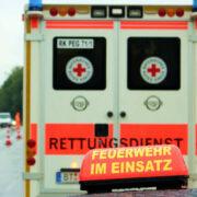 Unfall auf der A9 bei Münchberg. Trümmerteile flogen über die Autobahn. Symbolbild: pixabay