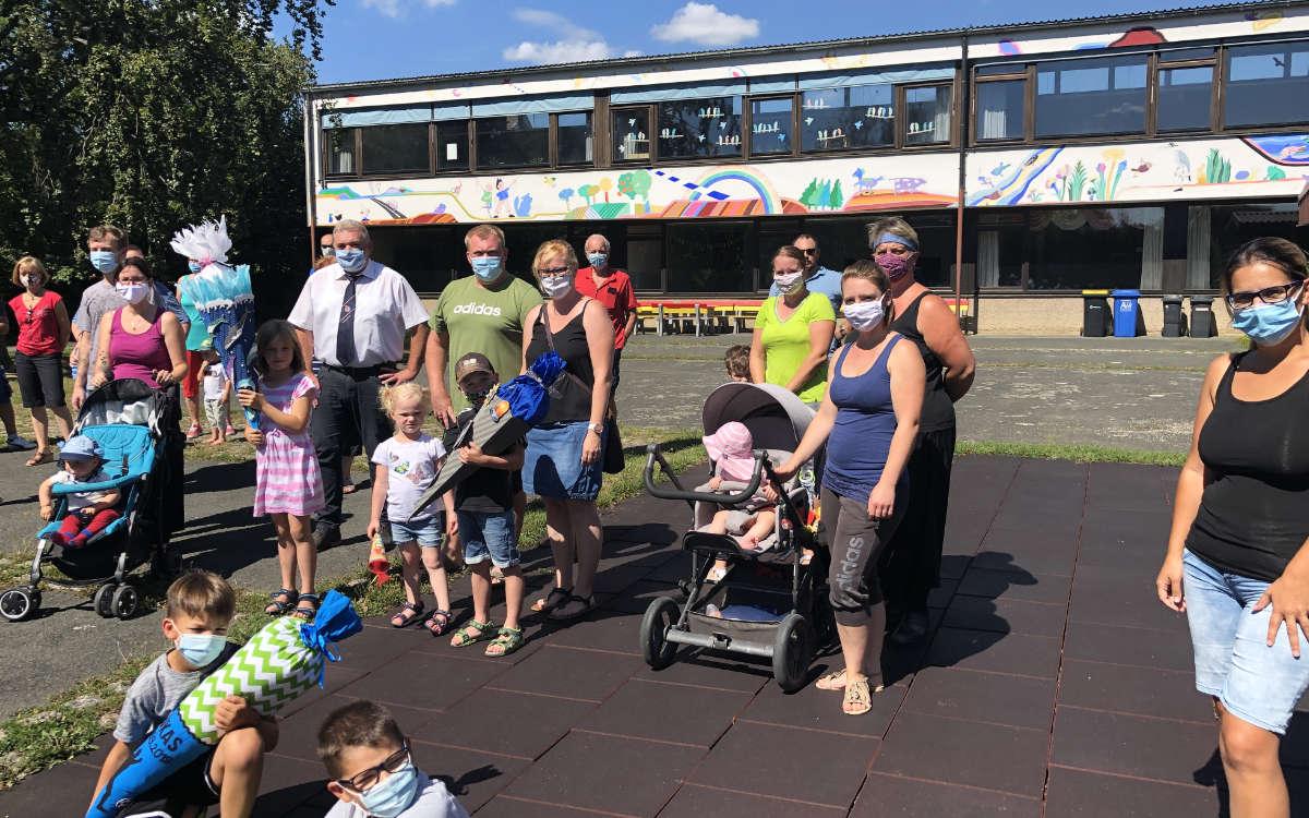 Die Grundschule in Schnabelwaid steht vor der Schließung. Eine Bürgerinitiative möchte das verhindern. Foto: Frederik Eichstädt