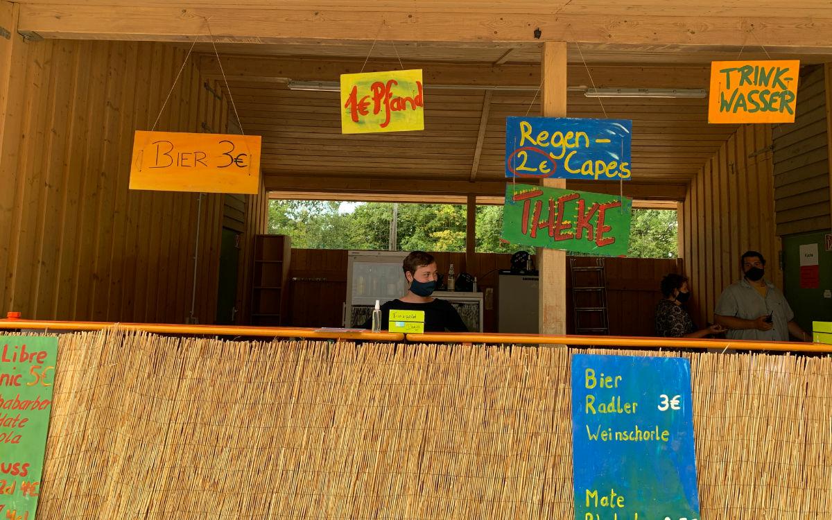 Hier gibt's die Getränke beim Kraut & Rüben Festival. Foto: Katharina Adler