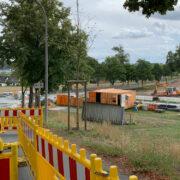 Der Bau des Kreisverkehrs im Bayreuther Stadtteil St. Johannis macht Fortschritte. Foto: Katharina Adler