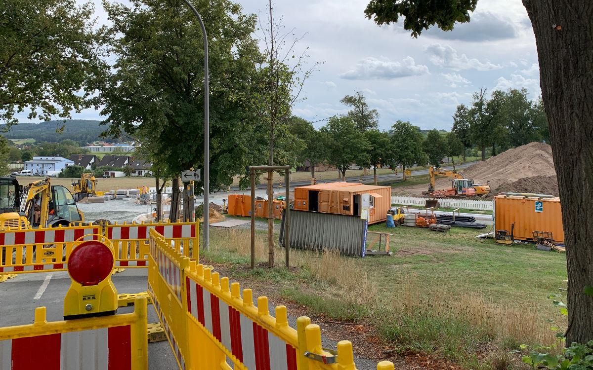Der Bau des Kreisverkehrs im Bayreuther Stadtteil St. Johannis wird früher fertig als geplant. Archivfoto: Katharina Adler