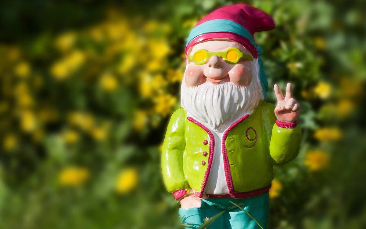 In Bayreuth hat ein Mann Pflanzen und Dekorationen aus Gärten gestohlen. Symbolbild: pixabay