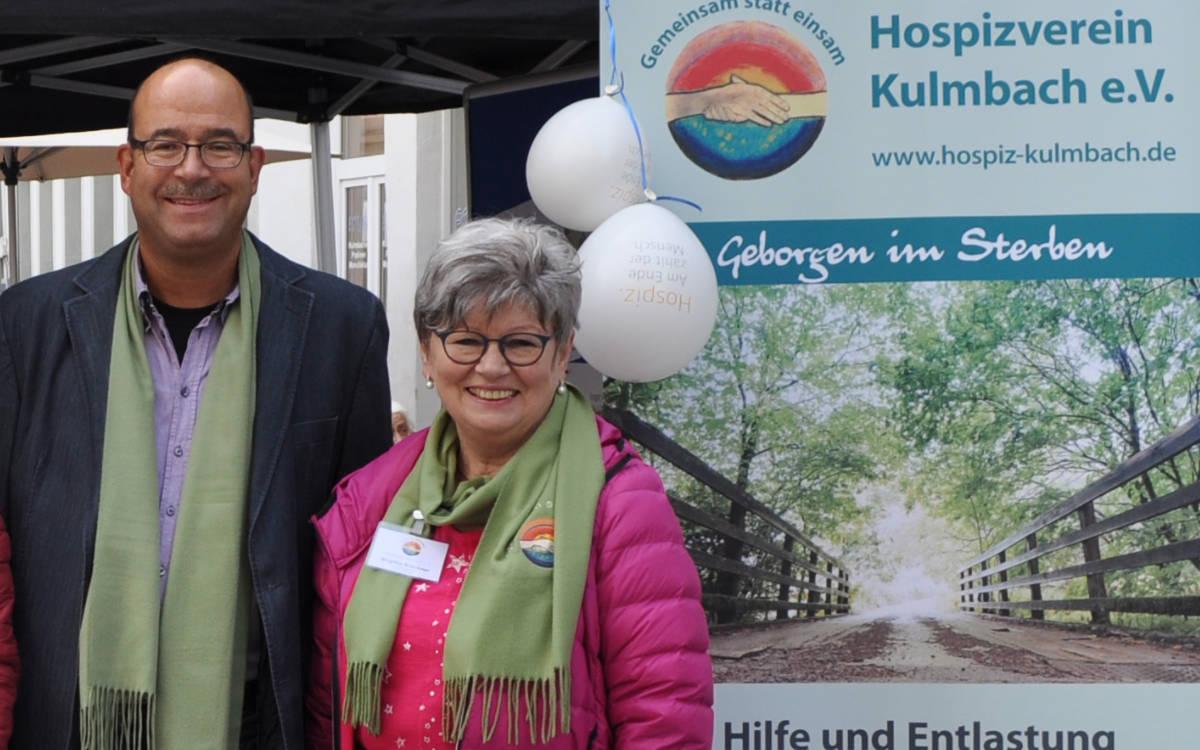 Markus Ipta (1.Vorstand) und Brigitte Brückner (2. Vorstand) des Hospizvereins Kulmbach. Foto: Hospizverein Kulmbach