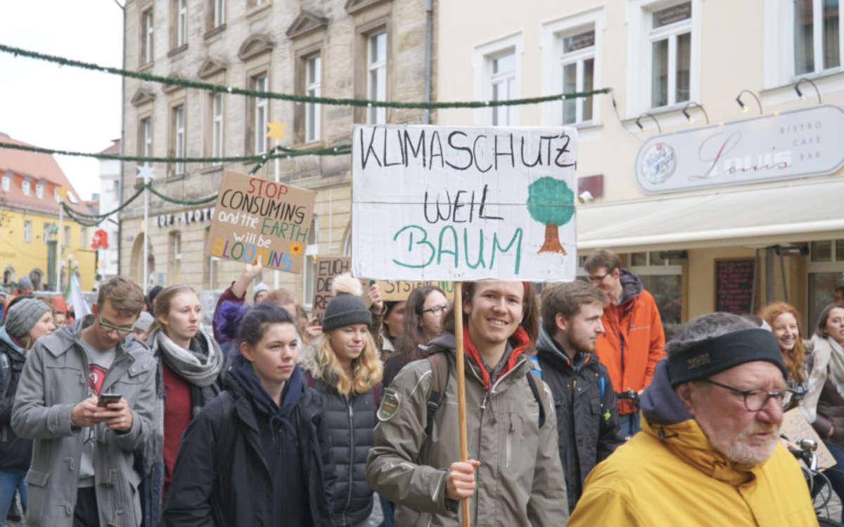 Eine Demo für den Klimaschutz in Bayreuth. Jetzt hat sich die Initiative Klimaentscheid Bayreuth gegründet. Archivfoto: Redaktion