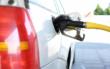 Eine Porschefahrerin ist an einer Tankstelle in Berg (Oberfranken) losgefahren, obwohl der Rüssel noch im Tank steckte. Symbolfoto: pixabay