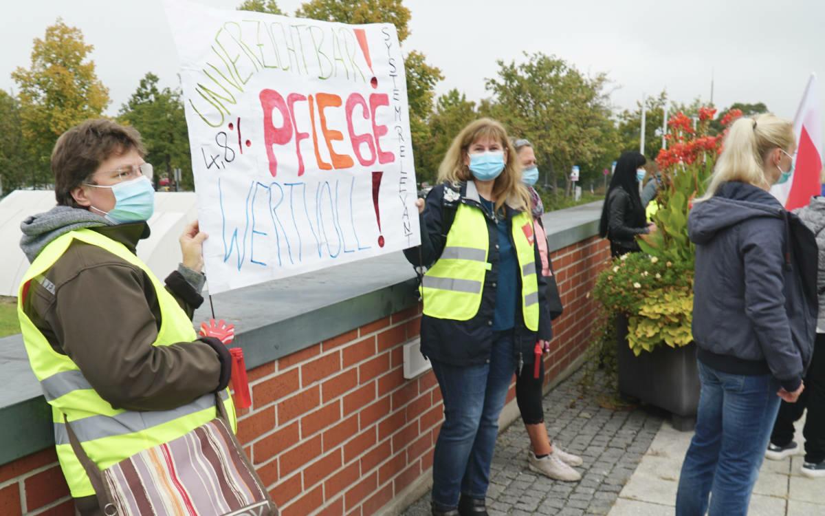 Streik am Bayreuther Klinikum: Angestellte demonstrieren. Foto: Raphael Weiß