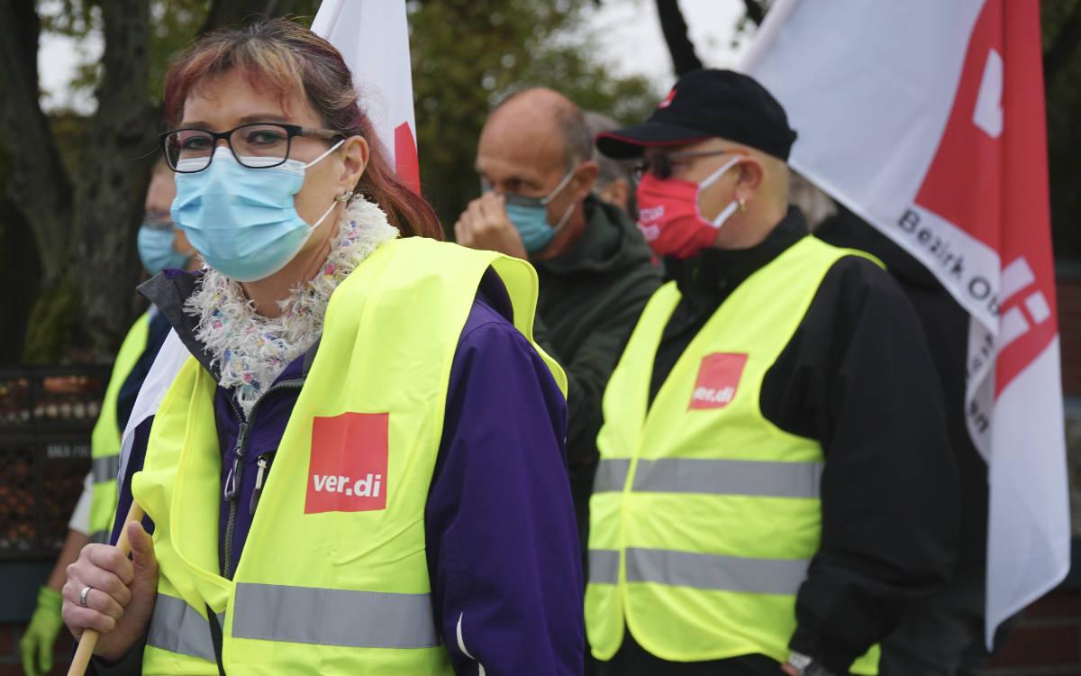 Am Bayreuther Klinikum haben Angestellte demonstriert. Am Donnerstag (8.10.2020) kommt es nun im Landkreis Bayreuth wieder zu Warnstreiks. Archivoto: Raphael Weiß