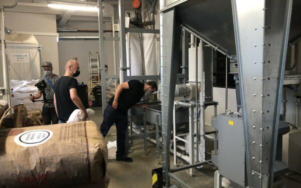 Hobbybrauer Christoph Wolfrum in der Brauwerkstatt der Brauerei Maisel