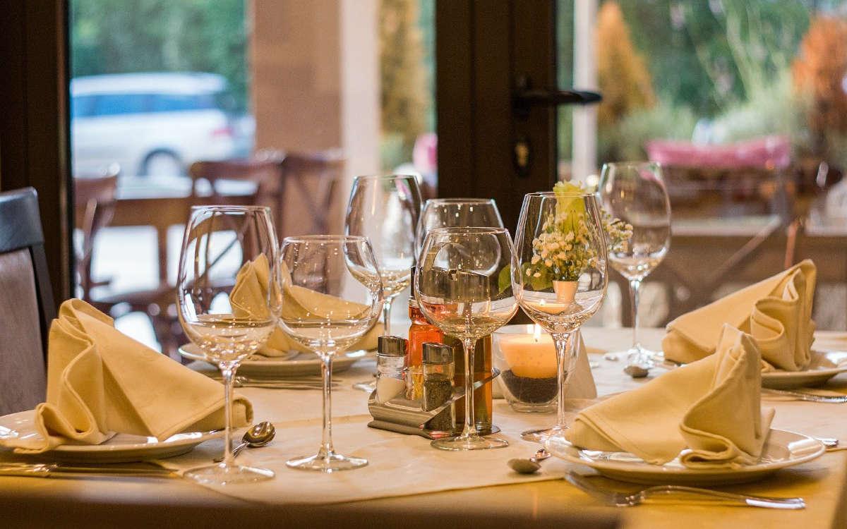 """""""Das perfekte Dinner"""" dreht im Oktober in Bayreuth. Symbolfoto: Pixabay"""