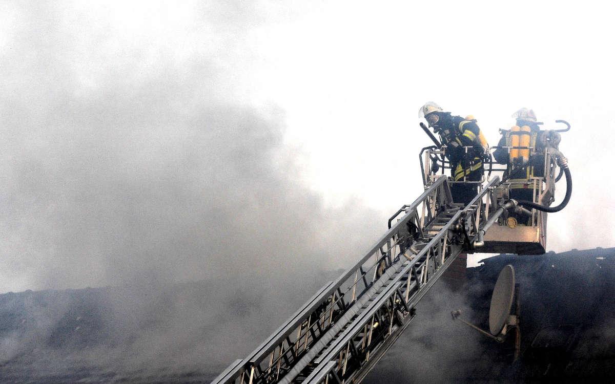 Am frühen Samstagmorgen (3.10.2020) brennt ein Wohnhaus in Oberfranken ab. Die Kripo ermittelt. Symbolfoto: pixabay