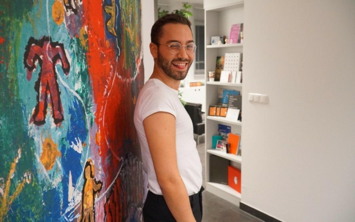 """Der 24-jährige Friseur Andrea Lamanna aus Bayreuth ist Teilnehmer der zweiten Staffel von """"Prince Charming"""" auf VOX. Fotos: Raphael Weiß"""