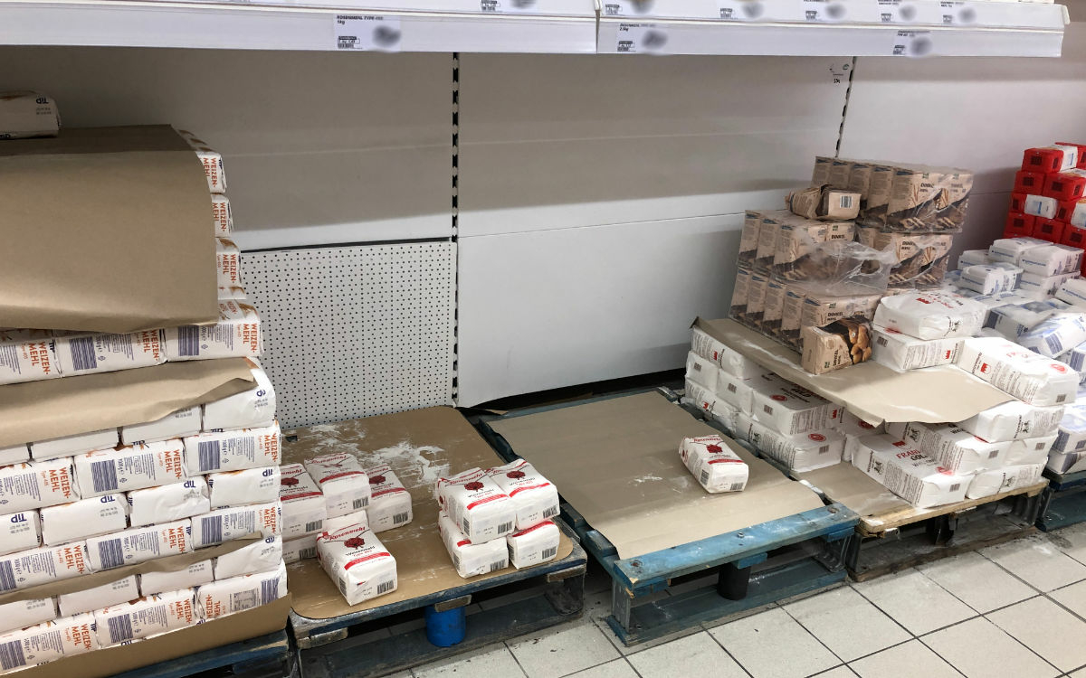 So sieht die Mehl-Lage in Bayreuther Lebensmittelmärkten aus. Foto: Privat