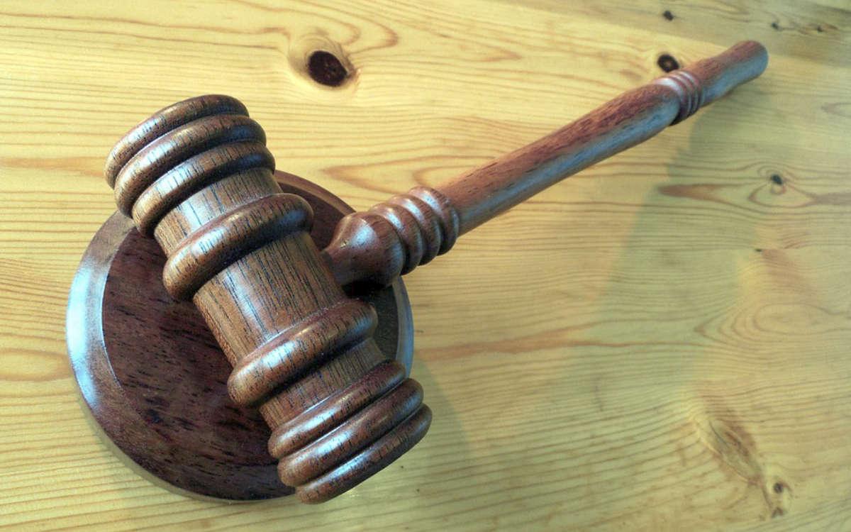 Das Bayreuther Verwaltungsgericht erklärt eine Abschiebung eins Äthiopiers aus Bayreuth. Symbolbild: pixabay