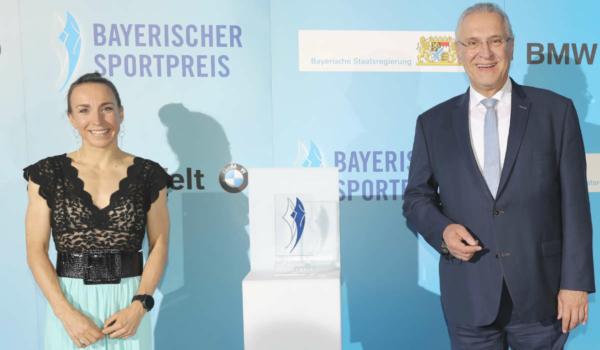 Am Samstag (24.10.2020) hat Triathletin Anne Haug aus Bayreuth den Bayerischen Sportpreis erhalten. Foto: Bayerische Staatsregierung