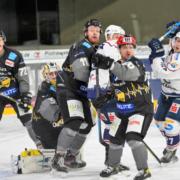 Die Bayreuth Tigers gegen die Kassel Huskies. Foto: Karo Vögel