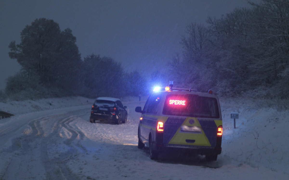 Unfall in Franken bei Schnee und Eis. Foto: News5/Weddig