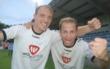 Benjamin Demel hat seine größten Erfolge bei der SpVgg Bayreuth und beim FC Schweinfurt 05 gefeiert. Hier jubelt er mit Sebastian Kress. Foto: Michael Horling