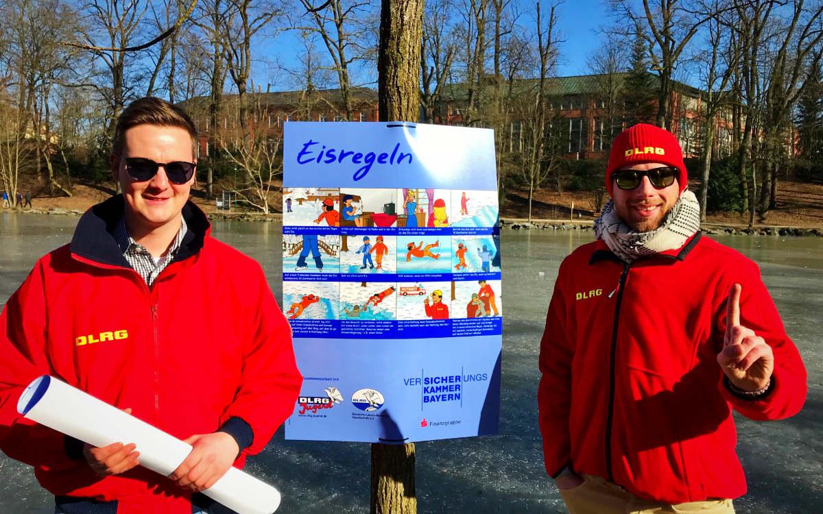 Seen in Bayreuth im Winter: Das ist zu beachten. Links der Vorsitzende Thomas Schmid und rechts Philipp Schmidt, Vorstandsmitglied der DLRG im Kreisverband Bayreuth. Archivfoto: DLRG Bayreuth (Dieses Foto wurde vor Corona aufgenommen)