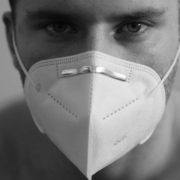 FFP2-Schutzmasken für pflegende Angehörige in Bayreuth: So läuft die Verteilung in der Stadt. Symbolbild: pixabay