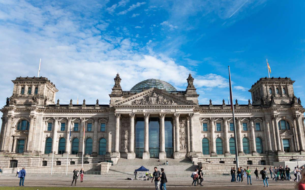 Kandidaten aus Bayreuth: Diese zehn Personen kandidieren bei der Bundestagswahl 2021. Foto: unsplash/Angelo Abear