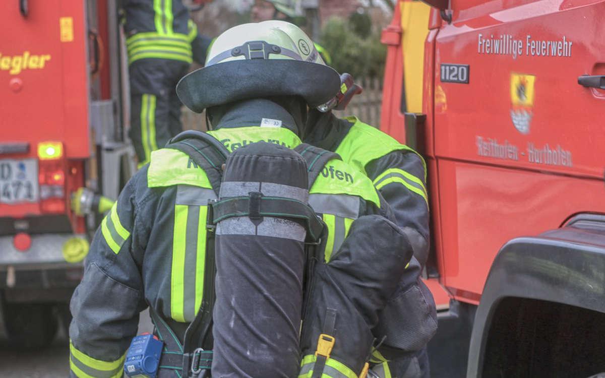 Nach einem Zimmerbrand am frühen Samstagabend in Bayreuth am Samstagabend (27.3.2021) musste ein Mann medizinisch versorgt werden.. Symbolfoto: Pixabay