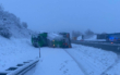 Ein Gefahrgutanhänger ist auf der A9 auf Höhe Spänfleck zwischen Bayreuth Süd und Trockau umgekippt. Foto: NEWS5/Holzinger