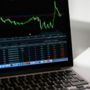 Lohnt sich der Kauf von Apple Aktien? Symbolbild: pixabay