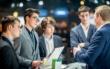 Unternehmensvertreter bemühen sich um junge Bewerber (Bild aus der Vor-Corona-Zeit). Foto: Hannibal/VDE/akz-o
