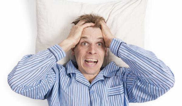 Schlechter Schlaf kann viele Ursachen haben. Ausgebildete Schlafcoaches versuchen, den Betroffenen ganzheitlich zu helfen. Foto: djd/Schlafkampagne/Bramgino/Fotolia