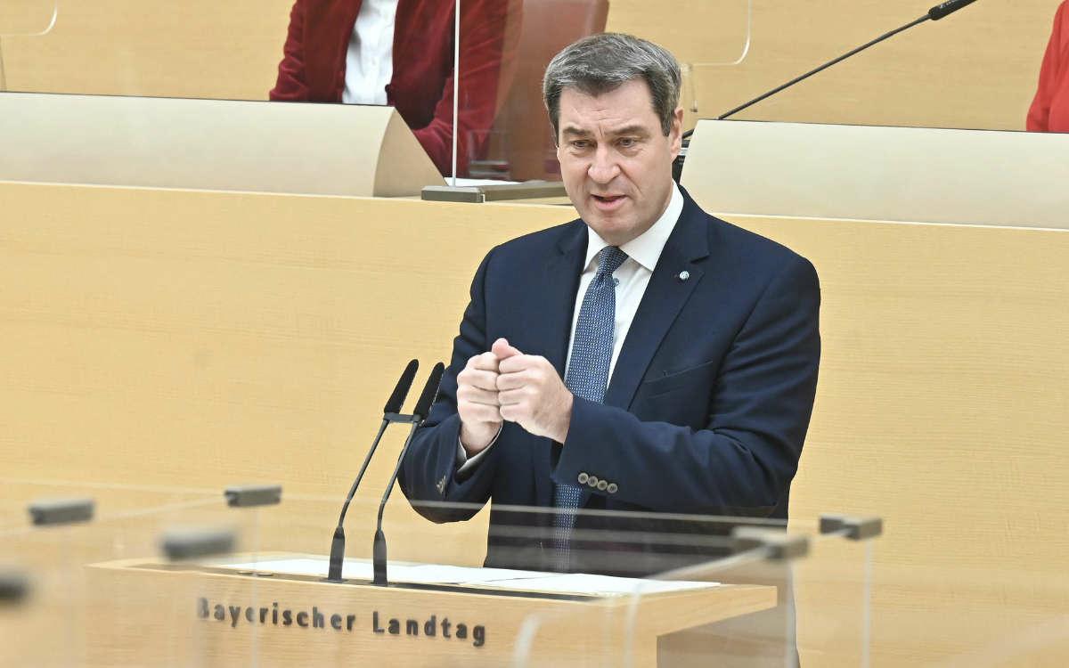 Offene Clubs und Maskenpflicht im Unterricht: darum geht es heute in der Kabinettssitzung. Symbolfoto: Rolf Poss (Bildarchiv Bayerischer Landtag)