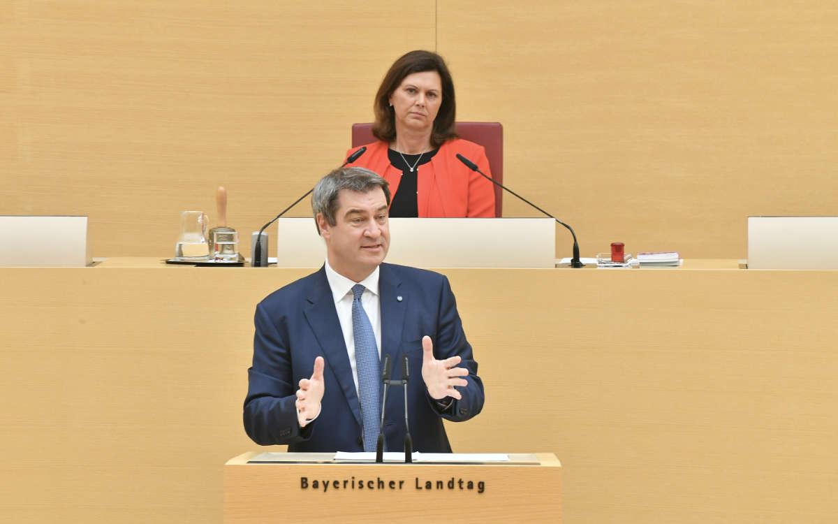 Der Bayerische Landtag soll abberufen werden. Darum geht es in einem Volksbegehren in Bayern, das am 14. Oktober startet. Symbolfoto: Rolf Poss (Bildarchiv Bayerischer Landtag)