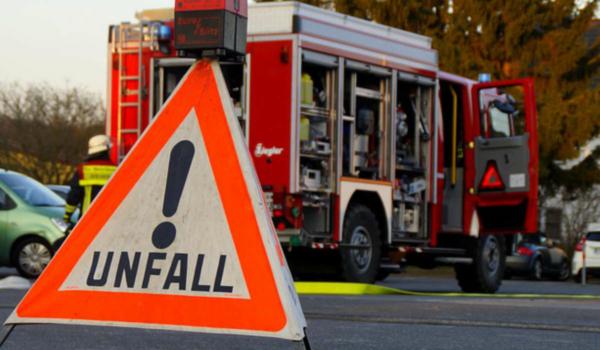 Die A9 im Kreis Bayreuth musste nach einem Unfall komplett gesperrt werden. Symbolbild: Pixabay