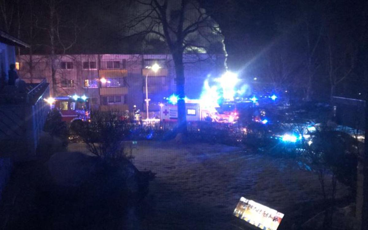 Großer Brand in Bayreuth: Bei einem Feuer wurde ein Mann schwer verletzt. Foto: Privat