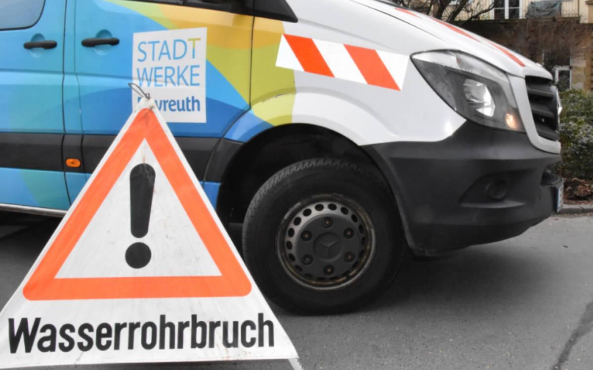 Wasserrohrbruch in Bayreuth. Es gibt Probleme mit dem Wasserdruck. Symbolfoto: Redaktion (Archiv)